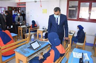 «تعليم سوهاج» تتابع الإجراءات الاحترازية لمواجهة كورونا |صور