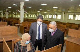رئيس جامعة طنطا: انتظام سير الامتحانات دون شكاوى |صور وفيديو