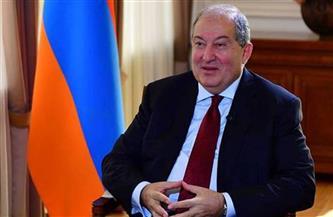 رئيس أرمينيا يرفض قرار رئيس الوزراء إقالة قائد الجيش