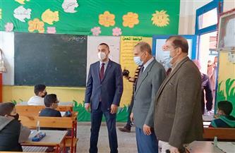 محافظ كفر الشيخ يتفقد عددا من  لجان الامتحانات| صور