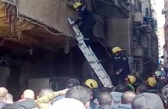 مصرع شخصين وإصابة 4 آخرين في انهيار عقار بمنطقة المنشية وسط الإسكندرية | صور
