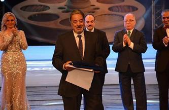"""يوسف شعبان في آخر تكريم له بـ""""الإسكندرية السينمائي"""": لم يطرق أحد بابي حتى نسيت المهنة"""
