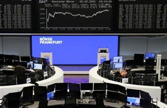 صعود أسهم أوروبا وأرباح دايملر ترفع صانعي السيارات