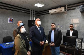 محافظ قنا يتفقد مقر وحدة استرداد أراضي أملاك الدولة| صور
