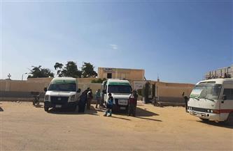 ختام أعمال قافلة المركز الحضري بـ «أبوزنيمة» بتوقيع الكشف الطبي على 419 حالة | صور