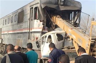 وفاة عاملين ومساعد سائق قطار 2010 (القاهرة/أسوان) بعد اقتحام عربة نص نقل المزلقان | صور