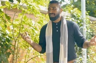 أحمد سعد يعود للغناء العاطفي في «بناقص» | صور