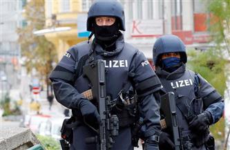 الشرطة النمساوية: اعتقال شخص هدد وزير الداخلية وأسرته عبر رسائل البريد الإلكتروني