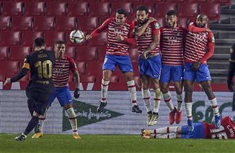 برشلونة يعود من بعيد.. أحبط مفاجأة غرناطة وتأهل للمربع الذهبي بكأس ملك إسبانيا| صور