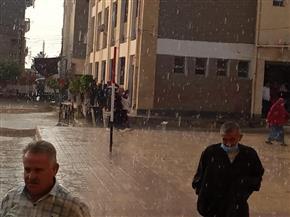 أمطار غزيرة بكفرالشيخ وتوقف الصيد بالمتوسط والبرلس وجهود لشفط المياه المتراكمة بالشوارع |صور