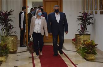 وزيرة البيئة من البحر الأحمر يتفقان على الترويج عالميا للسياحة البيئية