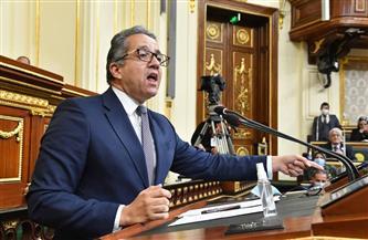 العناني: مصر مظلومة سياحيا.. ودخل الآثار صفر منذ مارس 2020