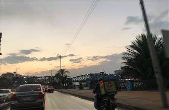 محافظة الدقهلية تناشد المواطنين توخي الحذر حال السفر على الطرق السريعة | صور