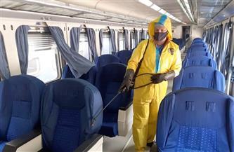 هيئة السكك الحديدية تواصل أعمال التطهير والتعقيم للمحطات والقطارات| صور