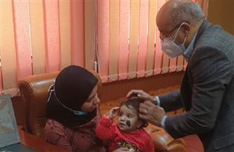 جامعة المنصورة تستقبل طفلة نبروه لعلاجها | صور