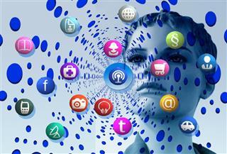 أبرزها النوستالجيا والميمز..  شبكات التواصل في 2021 تفرض توجهاتها الجديدة | صور