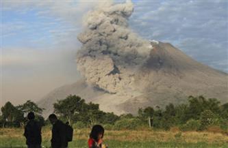 إلغاء رحلات جوية بإندونيسيا عقب ثوران بركان في جزيرة جاوة