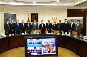 وزير الإسكان وسفيرا مصر والصين يشهدون توقيع عقد تنفيذ 5 أبراج سكنية بمدينة العلمين الجديدة| صور