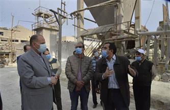 عصام سعد يتفقد مصانع أسيوط للأسمدة للاطمئنان على سير العمل   صور