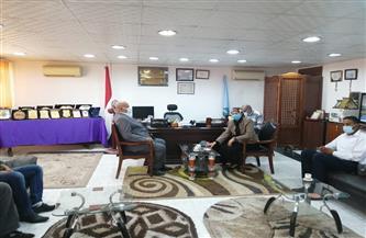 رئيس مدينة سفاجا تناشد الأهالي الاستعداد لدخول الغاز الطبيعي بالتصالح على المخالفات| صور