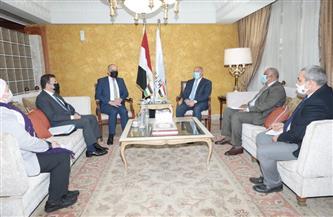 خط بري لنقل الركاب بين مصر والأردن والعراق | صور