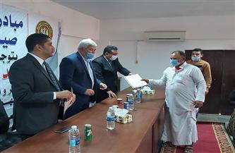 تسليم 4069 صيادًا عاملًا غير منتظم وثيقة التأمين على الحياة بجنوب سيناء | صور