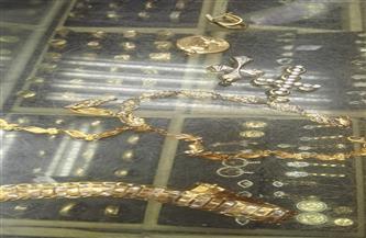 ضبط مشغولات ذهبية غير مدموغة داخل محل شهير في طنطا | صور