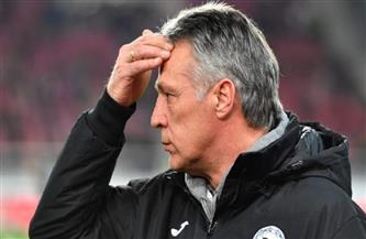 بيلفيلد الألماني يقرر رسميًا إقالة مدربه نيوهاوس