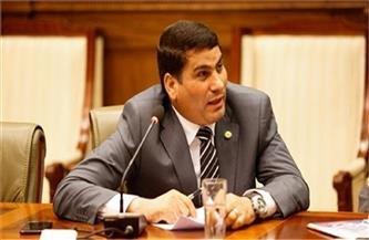 «تشريعية النواب»: الرئيس السيسي يتابع كل صغيرة وكبيرة تمس المواطن والدليل تأجيل قانون الشهر العقاري