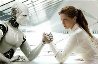 هل يمكن الوقوع في حب روبوت؟.. سؤال يطرحه فيلم في مهرجان برليناله