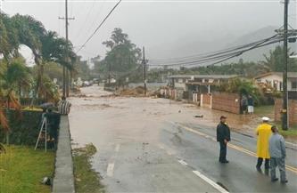 """هاواي تعلن """"الطوارئ"""" بسبب الفيضانات والانهيارات الأرضية"""