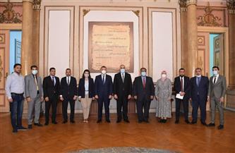 رئيس جامعة عين شمس يلتقي السفير العراقي بالقاهرة| صور