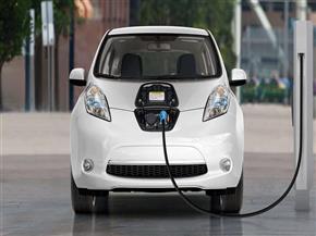 بدء أعمال لجنة تحديد مواقع محطات شحن السيارات الكهربائية بالجيزة