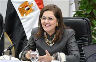 هالة السعيد: كل مصرية مكافحة تستحق جائزة.. وسيتم الانتهاء من تطوير كل القرى في ثلاث سنوات