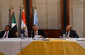 رئيس وزراء السودان: العلاقات المصرية - السودانية «مصير مشترك».. وسعيد بهدية «الأهرام»