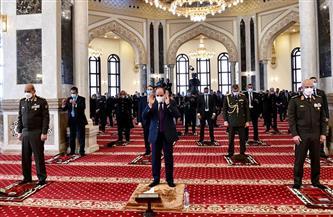 الرئيس السيسي وقادة القوات المسلحة يؤدون صلاة الجمعة بمناسبة احتفالات يوم الشهيد والمحارب القديم   صور