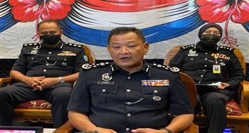"""لا نأخذ تعليماتنا من السحرة..  قائد شرطة ماليزيا لرجاله """"تلقوا لقاح كورونا أو ارحلوا"""""""