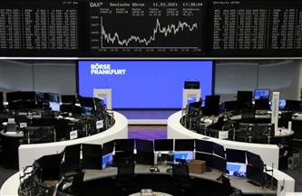 أسهم أوروبا تتراجع بفعل صعود عوائد السندات لكن تسجل أفضل أداء أسبوعي منذ نوفمبر