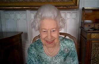 أول ظهور للملكة إليزابيث منذ مقابلة هاري وميجان