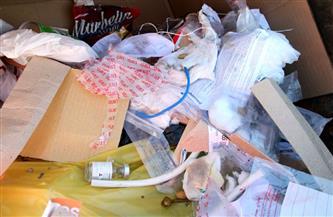 ضبط شخص لإدارة مستودع بدون ترخيص لإعادة تدوير النفايات الطبية الخطرة