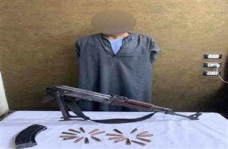 ضبط عنصر إجرامي لإطلاق أعيرة نارية تجاه قوة أمنية تسببت في وفاة مواطن وإصابة فرد شرطة أسوان