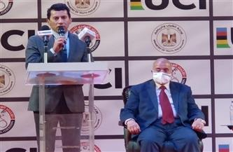 مصر توقع رسميا عقد تنظيم بطولة العالم لدراجات المضمار للناشئين| صور