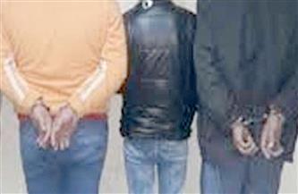 ضبط 3 عاطلين بحوزتهم كيلو من الحشيش والهيروين بالقليوبية