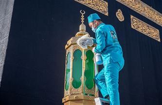 تقنيات حديثة ومواد خاصة لتطهير المسجد الحرام   صور
