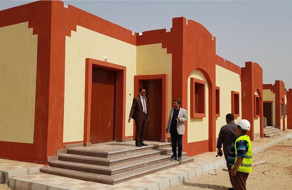 محافظ سوهاج الانتهاء من إنشاء  بيوت أنوال جديدة للنسيج اليدوي بحي الكوثر   صور