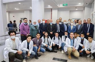رئيس جامعة طنطا يستعرض آليات التعاون مع جامعة السلام الخاصة  صور