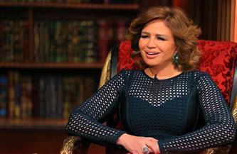 إلهام شاهين: تصرفات رانيا يوسف غير طبيعية وتبحث عن الترند