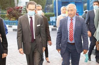 وفد دبلوماسي فرنسي يزور ميناء الإسكندرية | صور