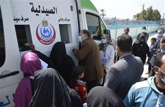 محافظ أسيوط يتفقد أعمال قافلة طبية بوحدة طب الأسرة في عرب مطير| صور
