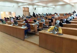 جامعة القاهرة: 36093 طالبا امتحنوا بنظامي الأونلاين والحضور|صور